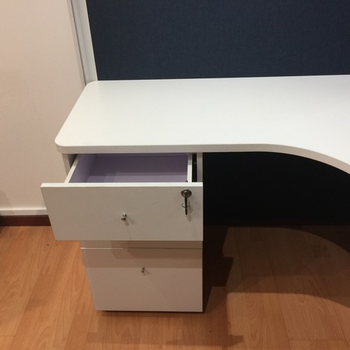 BA Series Office Workstation with Fabric Partition for 4 Person