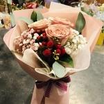 3 Kenya Roses Valentine Bouquet