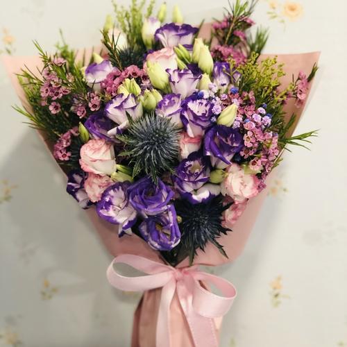 Purple Lizzy Seasonal Mingle