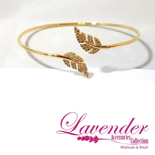 Gold Leaves Bracelet