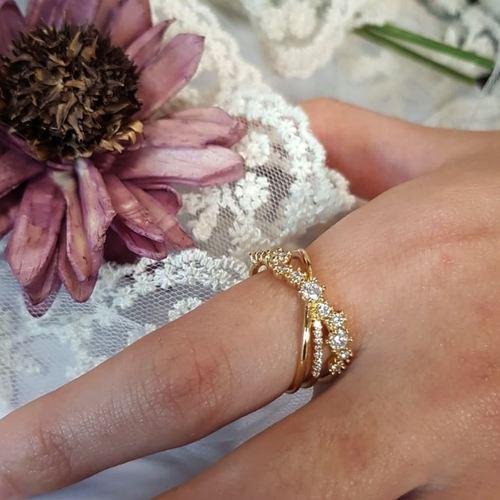 Classic Diamond Golden Ring
