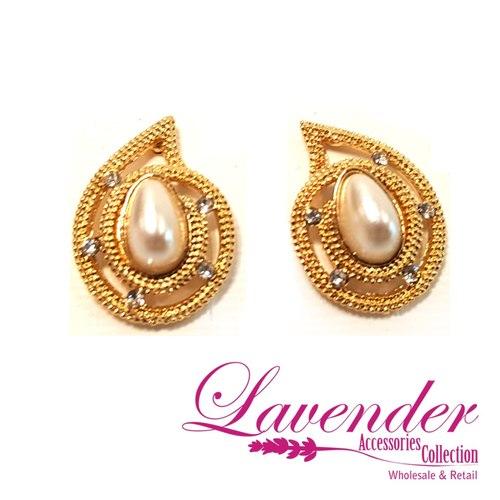 Golden Elegant Earring