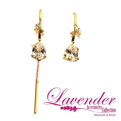 Diamond With Gold Earring