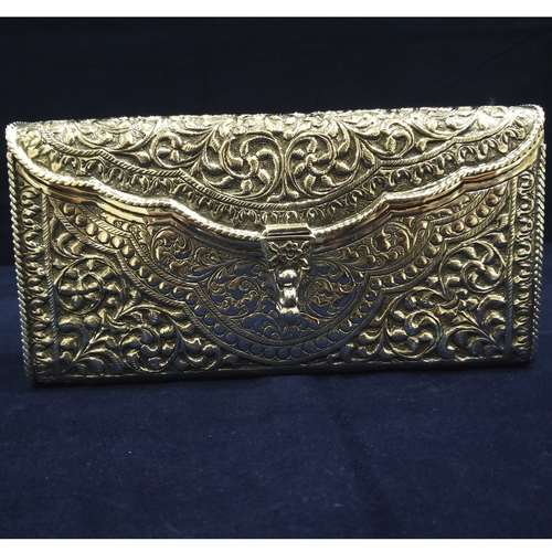 SILVER LADIES CLUTCH