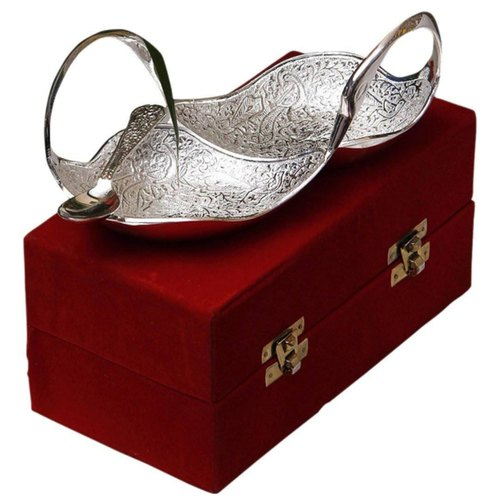 SILVER PLATED TWIN SWAN SHAPED BOWL WITH SPOON
