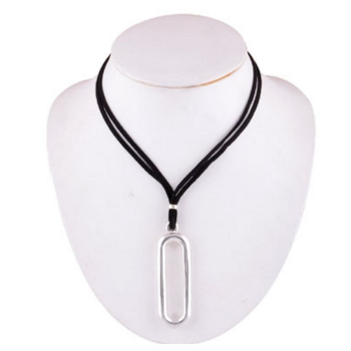The Loop Silver Necklace