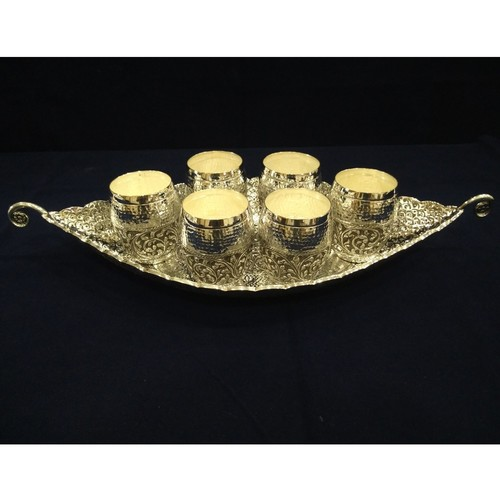 DECOR SILVER GLASS SET WITH TRAY
