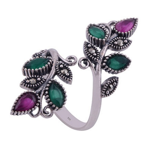The Green Red Vine Silver Ring