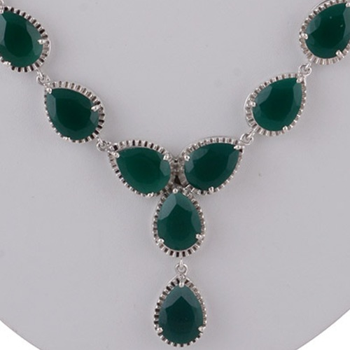 The Green Onyx Silver Necklace