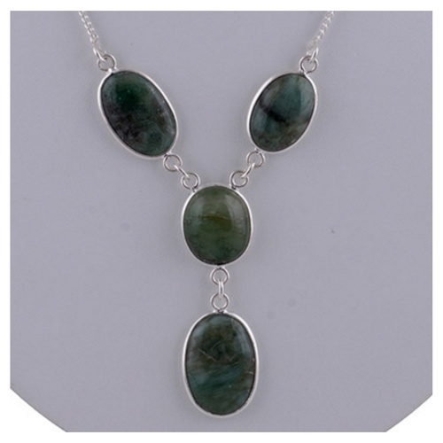 The Emerald Silve Necklace
