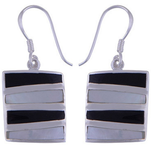 The Shell Onyx Silver Earring