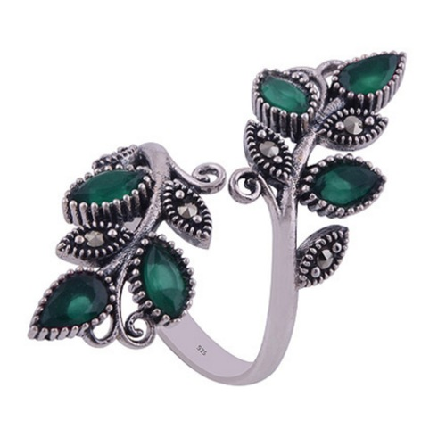 The Green Vine Silver Ring