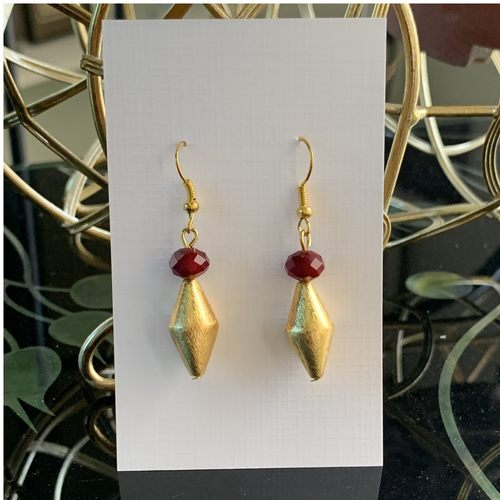 Brushed gold - Spindle maroon