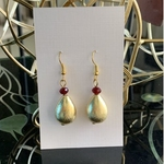 Brushed gold tear drop & Maroon