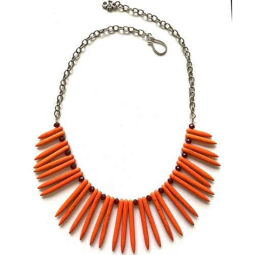Howlite Spikes - Mandarin orange