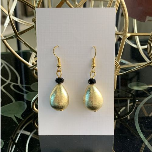 Brushed gold - Tear drop  black