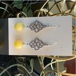 Celtic knot - Daisy yellow