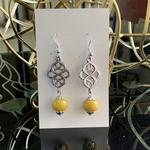 Celtic knot - Zinia yellow