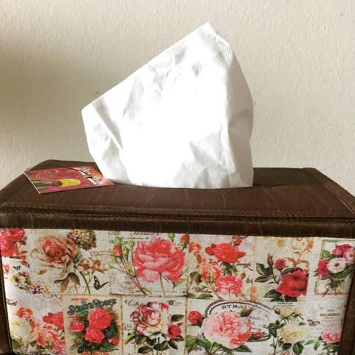 Desi Pop Roses Tissue Box