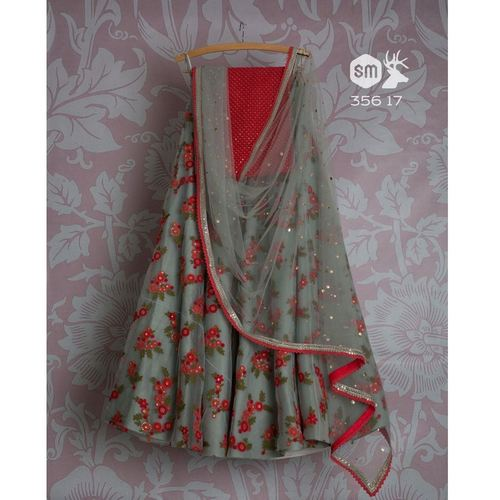 Women's Lahenga Made From Resham Net Dupatta is net