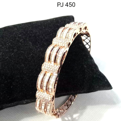 Cubic Zirconia Bracelet Rose Gold Color( Openable )