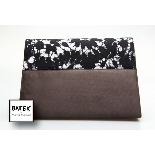 CLUCTH BLACK & WHITE & GREY CRACK BIG - HS02