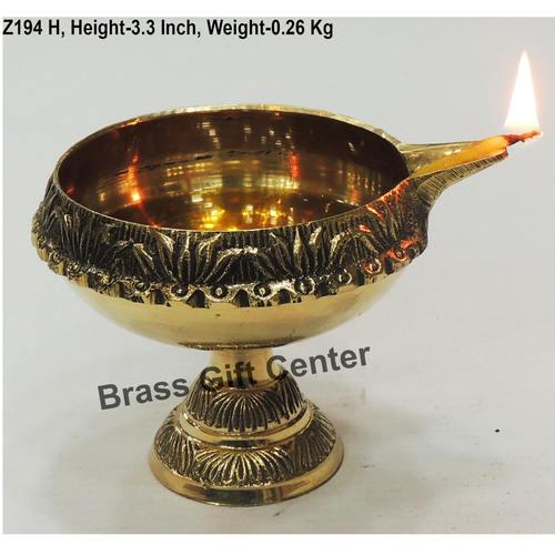 Brass Kuber Deepak Diya With Stand No. 6 - 4.5*3.8*3.3 Inch  (Z194 H)