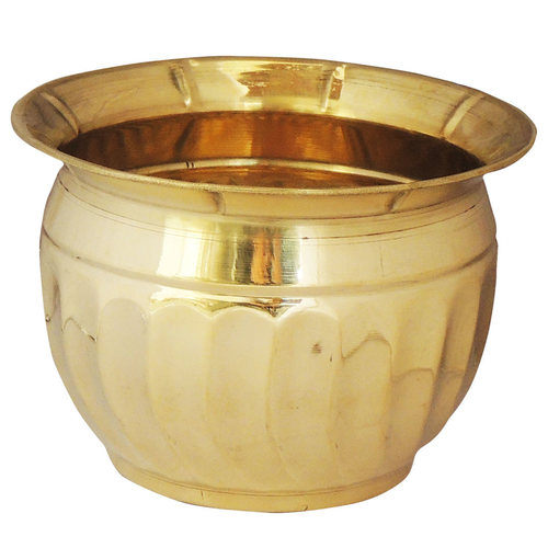 Brass planter Pot Gamala Diameter 6 Inch weight 200 gm  (F652 A)
