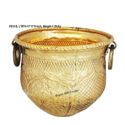 Brass planter Pot Gamala Chatai Diameter 11 Inch weight 1.8 Kg  F615 B