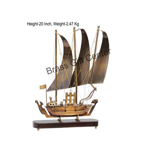 Brass Ship, Brass Showpiece Ship, Table Decor Ship, Deskto Showpiece Ship, Showpiece Item, Ship, Metal Ship, Brass Ship With Wooden Base, Desktop Showpiece Item