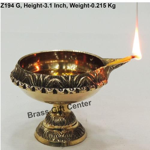 Brass Kuber Deepak Diya With Stand No. 5 - 4.3*3.6*3.1 Inch  (Z194 G)
