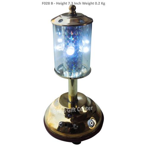 Brass Showpiece Street Light - 7.3 Inch F028 B