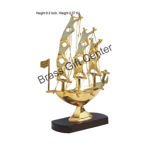 Brass Ship In Shinning Brass Polish finish - 9.5 Inch MR222 B