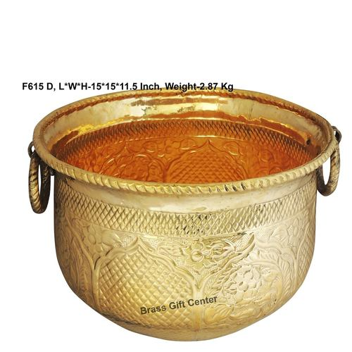 Brass planter Pot Gamala Chatai Diameter 15 Inch weight 2.9 Kg  F615 D