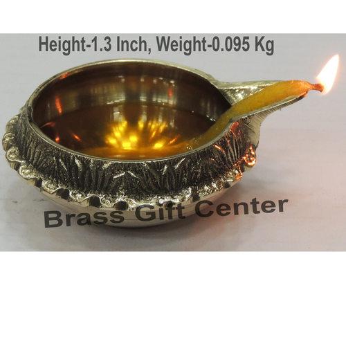 Brass Kuber Diya Deepak No. 3 - 3.2*2.7*1.3 inch  (Z140 E)