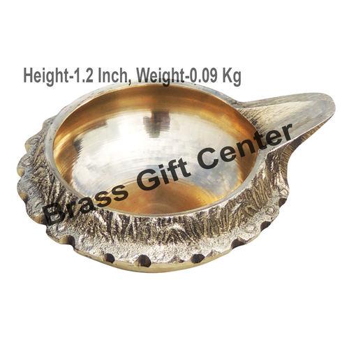 Brass Kuber Diya Deepak No. 2 - 3*2.5*1.2 Inch  (Z140 D)