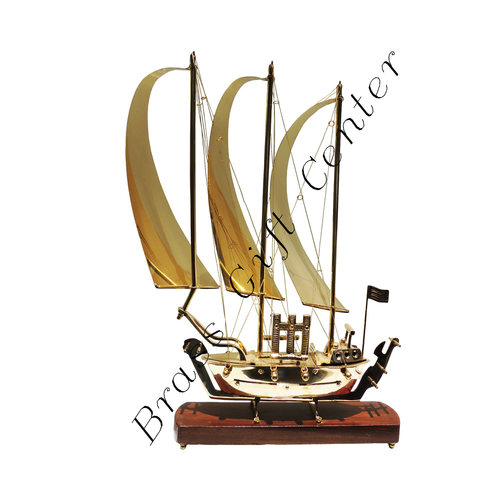 Brass Ship, Brass Showpiece Ship, Table Decor Ship, Deskto Showpiece Ship, Showpiece Item, Ship, Metal Ship, Brass Ship With Wooden Base, Desktop Showpiece Item