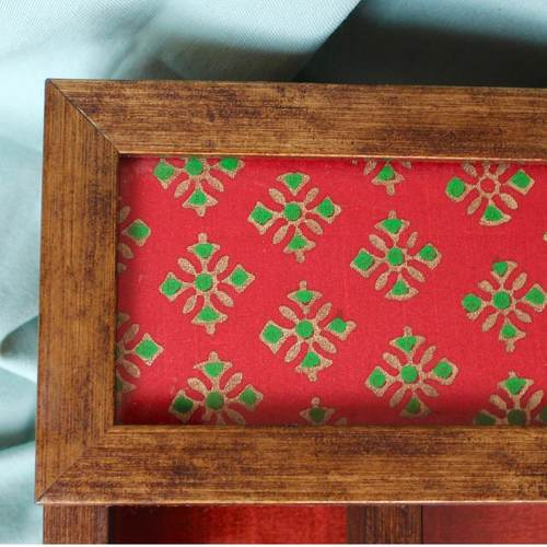 Red and Green Cutlery Holder