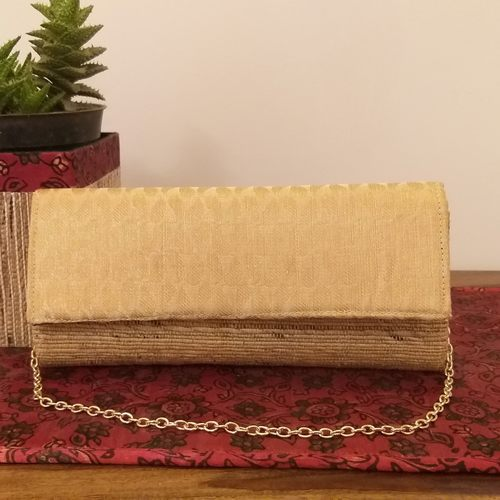 Gold Paisley Banana Fibre Clutch With Chain