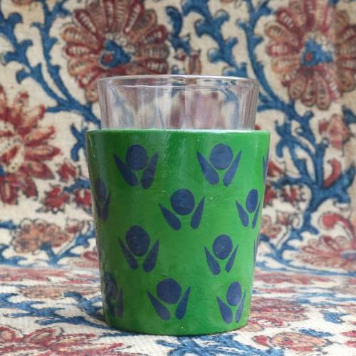 Forest Essence Chai Glass