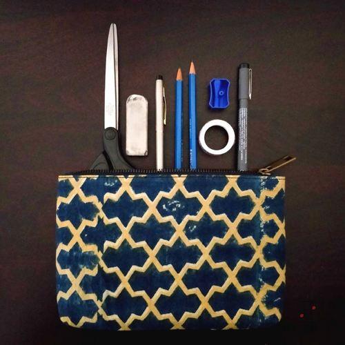 metal zipper pouch 1-min.jpg
