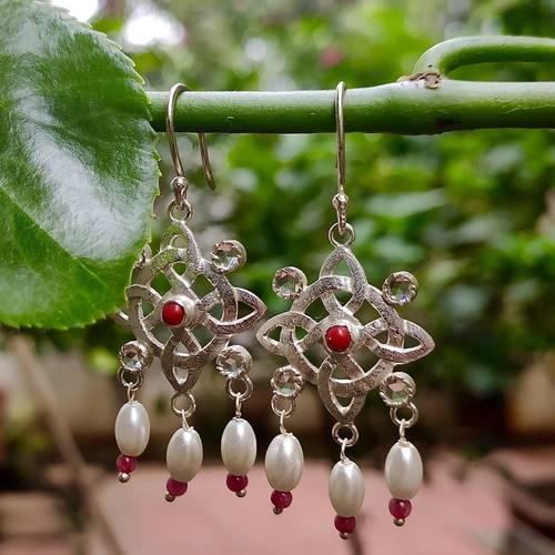 Earring -