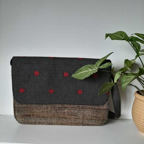 Laptop Bag in Black Banana Fibre