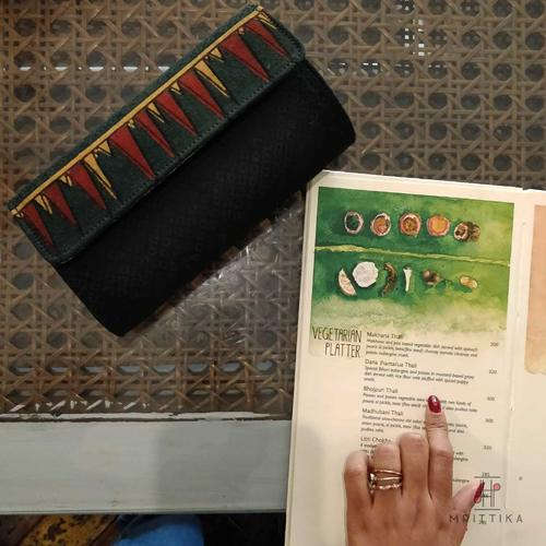 Mayili Green Hard Clutch
