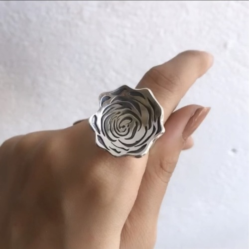 Rose Ring Adjustable Band