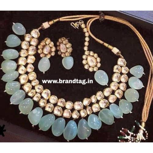 BrandTag's Nalini Necklace set for women !
