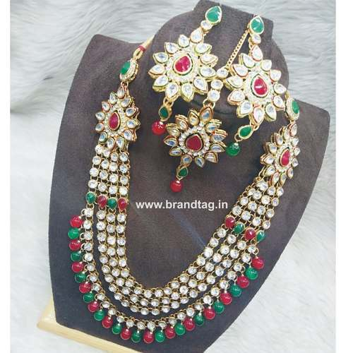Exquisite Diamond Long Necklace set with Mangtikka !