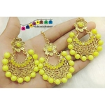 Unique Yellow & Golden Mangtikka + Earrings Combo!