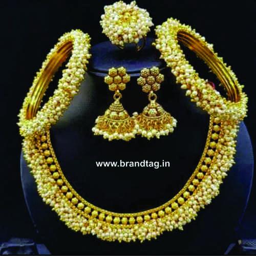 BrandTag's Kalyani Necklace set for women