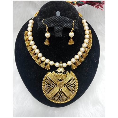 BrandTag®'s Dhiyaraa Necklace set !